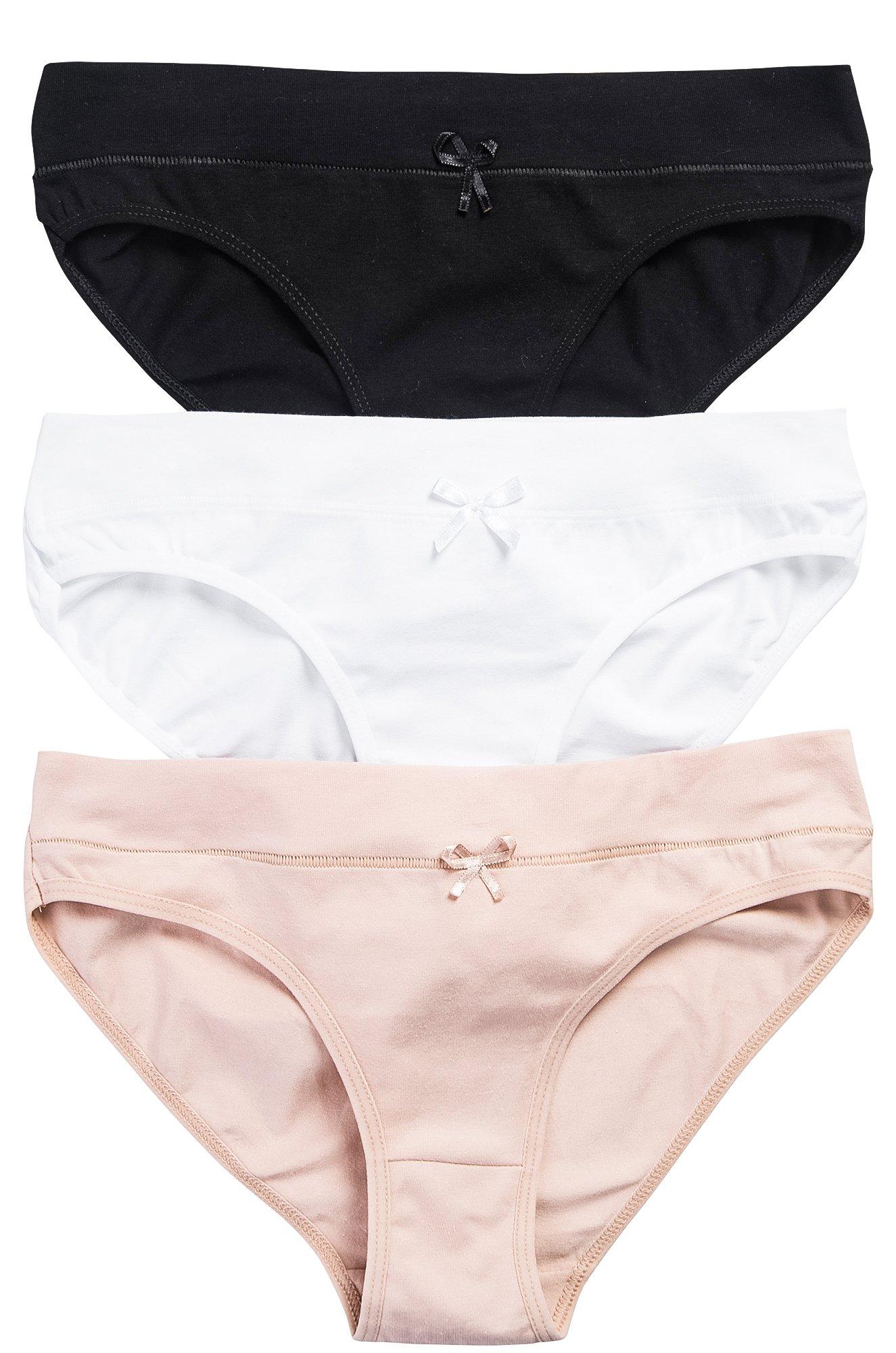Трусики в женском футболе, порно толстушки в нижнем белье